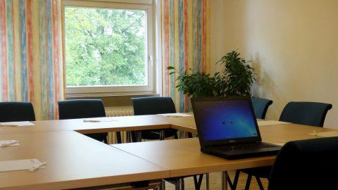 Tagungshaus Schmerlenbach Tagungsraum Seminarraum Tagungen