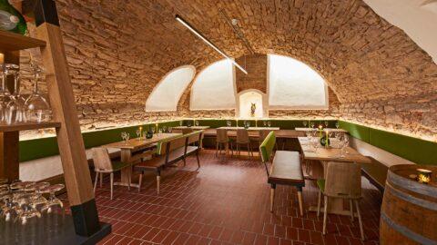 Restaurant Gewölbekeller Kurzurlaub Frankfurt Schmerlenbach